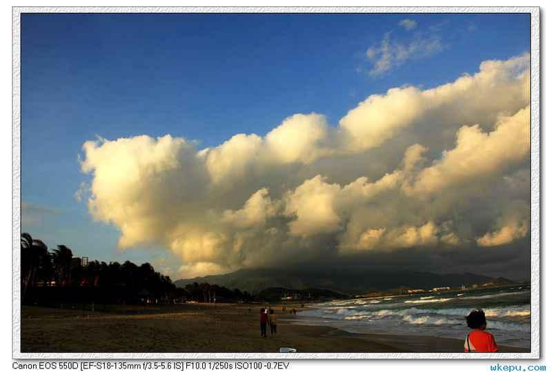 这样的天空,云还有海