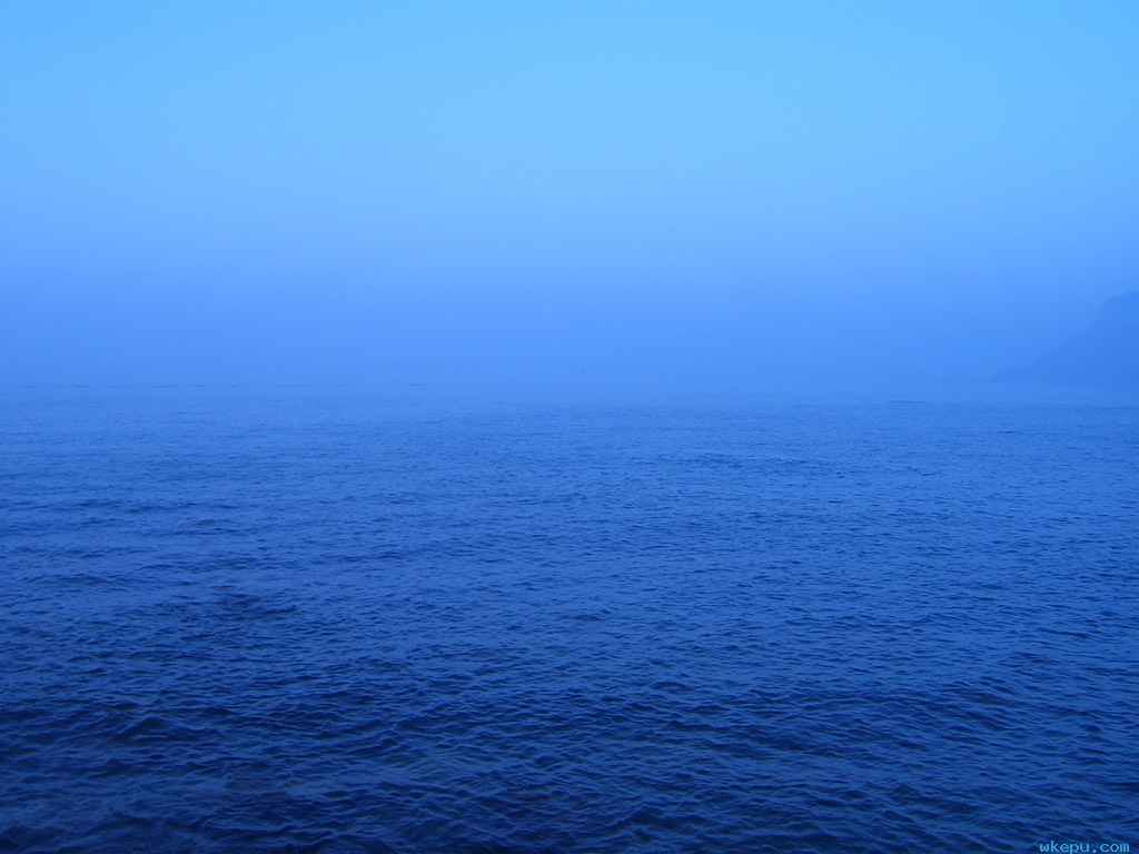 海水为何是深蓝色的