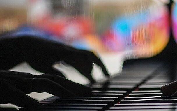 听音乐能唤起这13种情感