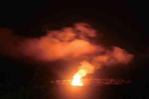 夏威夷火山国家公园的火山与星空—崔辰州摄